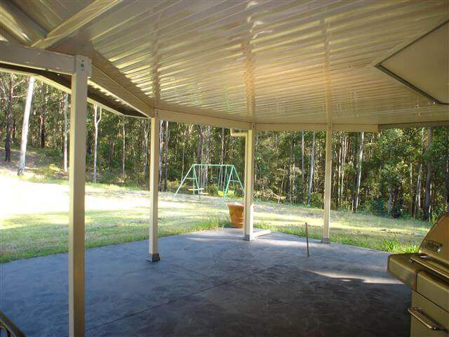 Patio-Outdoor-Area-DSC07402